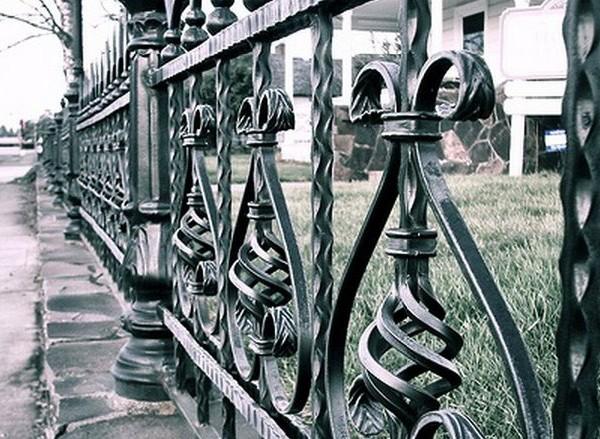Ornamente centrale fier forjat